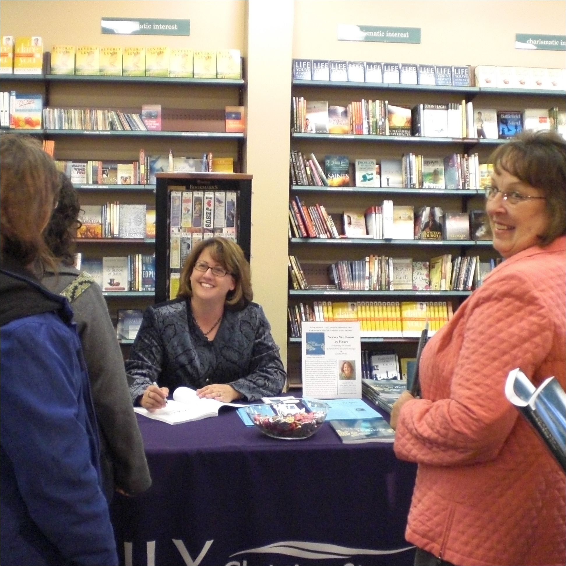 booksigningatfamily2008.jpg